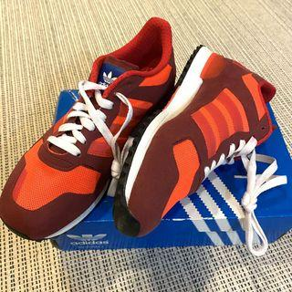 全新 專櫃購入 adidas original 慢跑鞋 三葉草 女鞋 愛迪達 休閒鞋 球鞋 布鞋