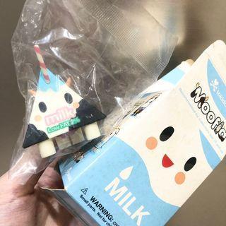絕版品 tokidoki 稀有初代盲盒 牛奶盒 公仔 moofla 牛奶罐 盒玩 淘奇多奇