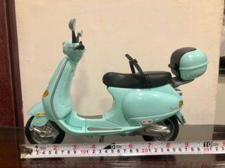 絕版!芭比娃娃 偉士牌Vespa ET8 摩托車 機車 美泰兒