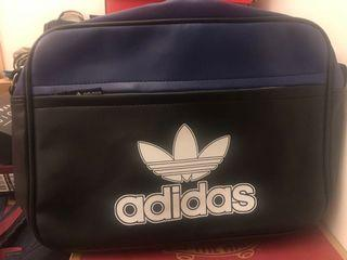 adidas愛迪達側背包