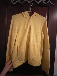 黃色外套B6