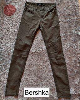 BERSHKA Army Jeans