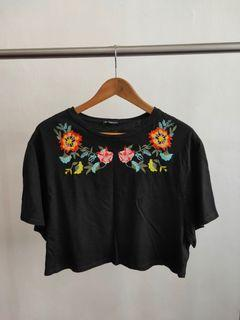 BNWOT Something Borrowed Embroidered Crop Top