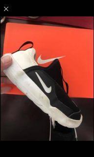 Nike kids 9c