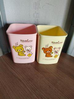二手兩個Rilakkuma 懶懶熊正版幸運草方形垃圾桶