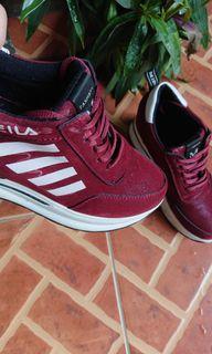 Sepatu Sneakers Wedges Sport Wanita Preloved