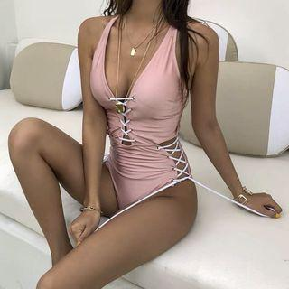 【性感粉色綁帶交叉連身泳衣】顯瘦聚攏溫泉沙灘度假泳裝比基尼