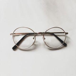(蝦皮購入)無度數眼鏡