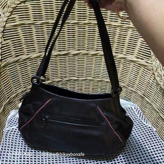 Banabana Leather Shoulder Bag