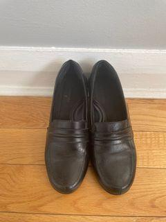 Black Leather Shoes Size 8