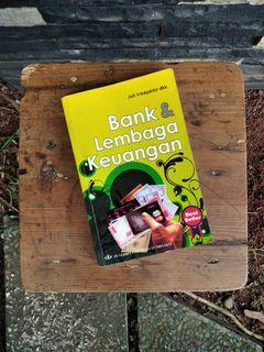 """""""Buku Bekas"""" Bank & Lembaga Keuangan - Juli Irmayanto dkk."""