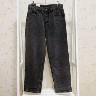 休閒寬鬆素色菸灰色高腰直筒牛仔丹寧長褲-深灰色L
