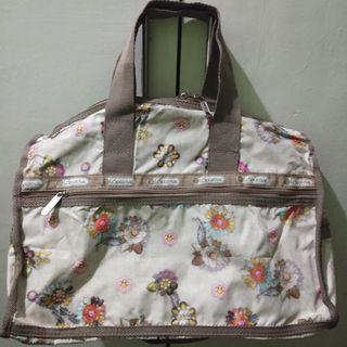 lesportsac medium travelling bag