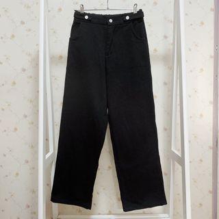 鬆緊腰內刷薄絨保暖寬鬆休閒素色牛仔直筒長褲-黑M