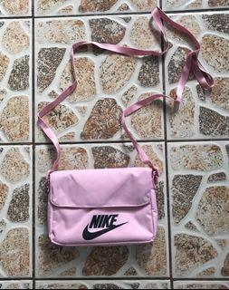 Nike Womens Futura Cross Body Bag