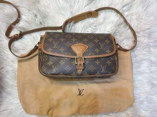 Original Louis Vuitton Sologne Sling Bag