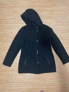 Reitmans Black Water Resistant Jacket Size Large