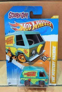 SCOOBY DOO THE MYSTERY MACHINE - Hot Wheels 2012 New Models Series