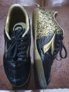 Sepatu Anak Diadora