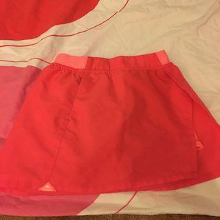 Queshua Size 130 Red skirt 紅色短裙
