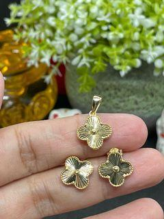 18K Gold - Clover Pendant and Earrings Set (S03)
