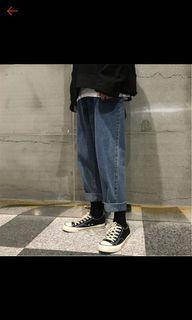深藍直筒褲