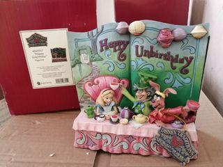 全新有盒 Disney Traditions 迪士尼 愛麗絲 Alice in wonderland 書型擺設 figure