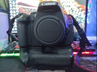 Canon EOS 600D + lensa Canon EFS 18-55mm image stabilizer
