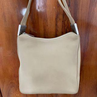 Guy Laroche bag / tas original with dustbag