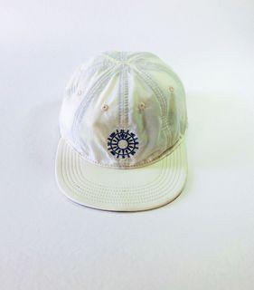 INFIELDER DESIGN 指南針 乳白色 八片帽