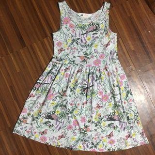 Kids H&M gray floral sleeveless dress with birds and butterflies