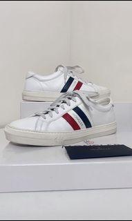 Moncler 頂級白鞋 誠可議