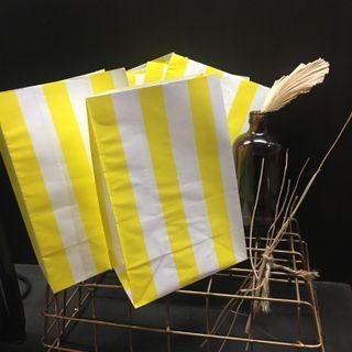 Stripe  Candy Popcorn Holder