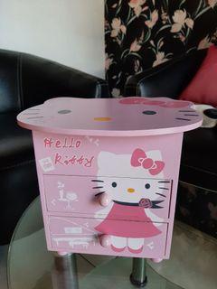 Rak Susun Laci Tempat Perhiasan Cincin Gelang dan Jam Tangan Kaca Hello Kitty