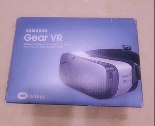 SAMSUNG Gear VR. 二手全新