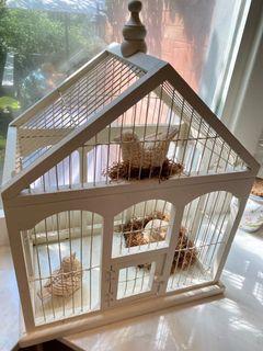 Super cute cream colour birdcage with 3 ceramic antiqued birds and nest