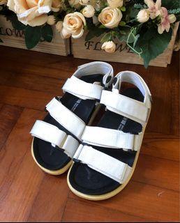 Shoopen Sandal (魔術貼凉鞋)