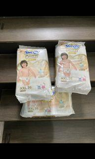 Sweety gold pants XXL isi 36