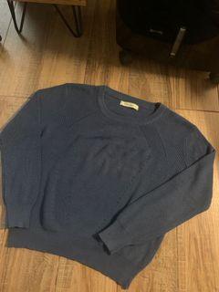Knitted longsleeve sweater - really pretty!
