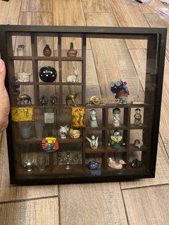 Miniature Glass Display - random pieces