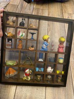 Miniature glass display - random items