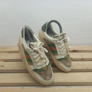 sepatu sneakers guci wanita in sol 23 cm