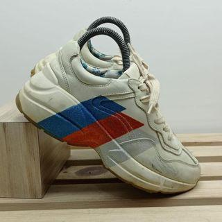sneakers gucci rhyton leather 3 colours    sepatu sneakers   size 7