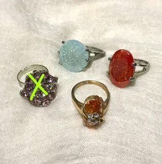 Vintage Y2K 3 Glass Crystal  Ring Bundle