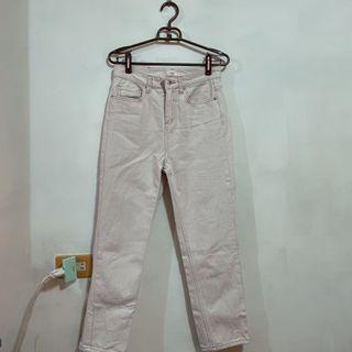 直筒米色長褲