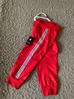 Celana Jogger Red untuk usia 2-3th