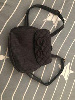 NaRaYa 黑色背包
