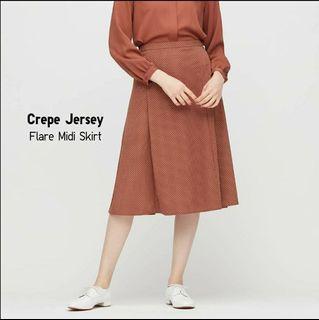 BNWT UNIQLO Crepe Jersey Flare Skirt
