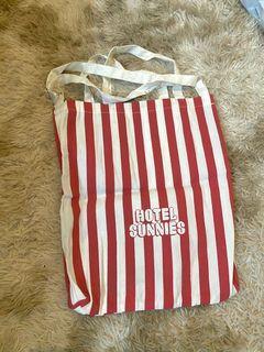 Hotel Sunnies Tote Bag