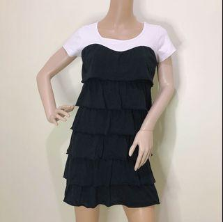 Size S Black and White Raffle Dress